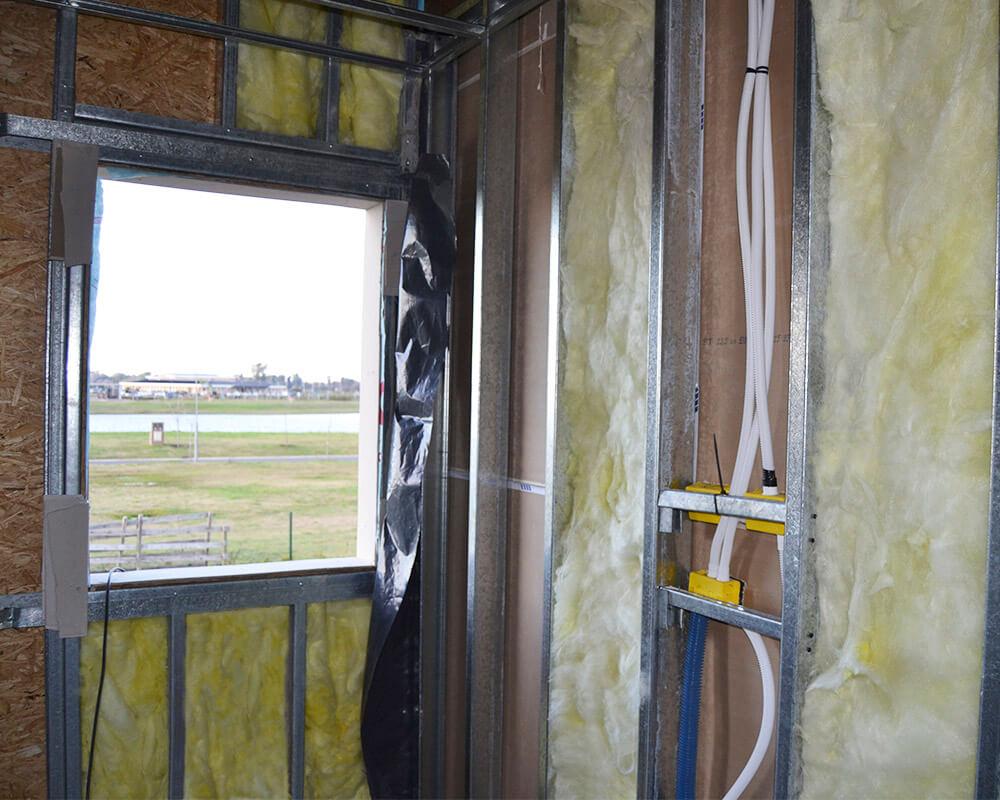 Lana de Vidrio POLCOM® en construcción en seco