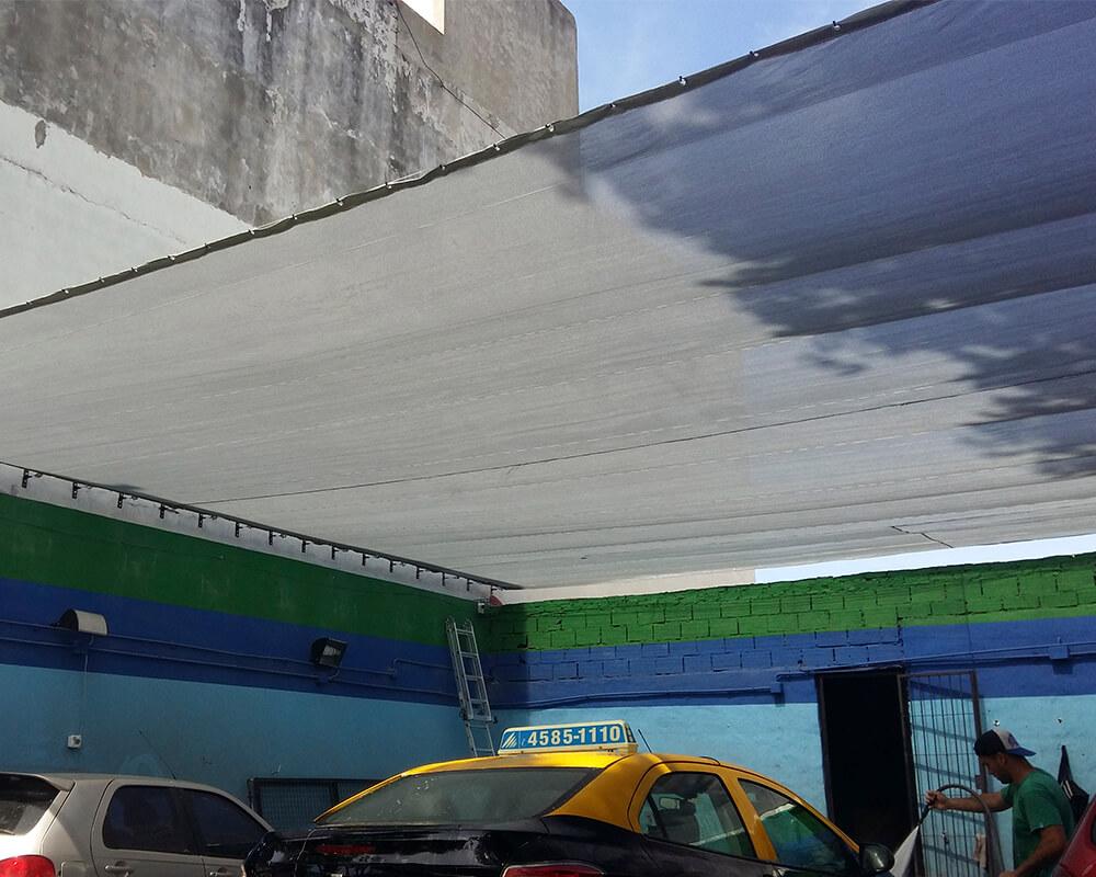 Media Sombra 90% en lavadero de autos